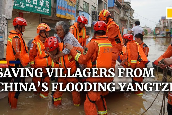 Racing to save lives amid the floodwaters: the Chinese villages facing the Yangtze deluge